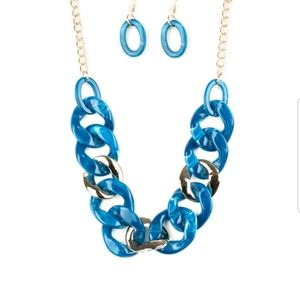 Blue necklace/earrings paparazzi